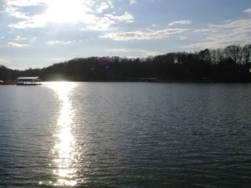 Lake Hartwell view on Lakewood Drive