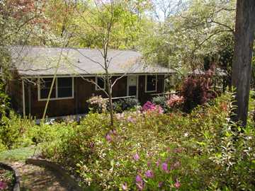 Lake Hartwell waterfront home: 121 Pikes Ridge Rd., Anderson SC 29626